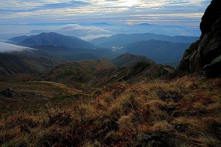 転法輪の窟から奧三方岳と北アルプス