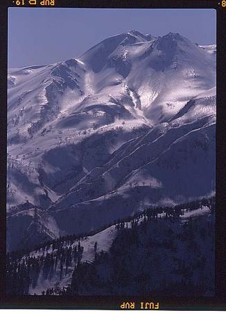 奧三方岳から白山