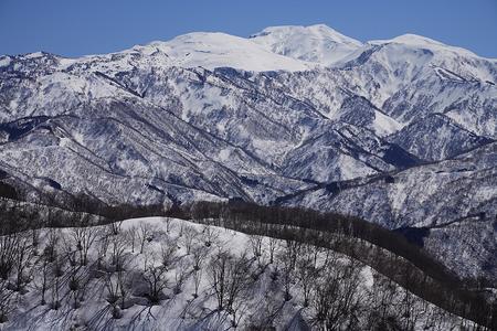 高倉山先、P905から白山
