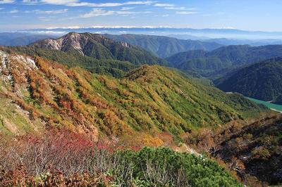 展望台から奧三方岳と北アルプス