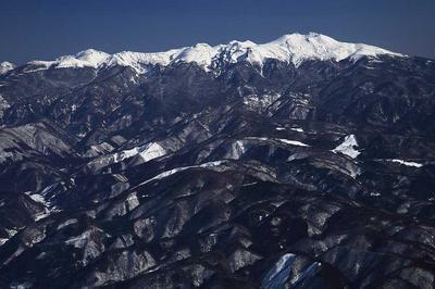 白山の反対側は乗鞍岳が