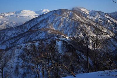 瀬女高原スキー場最上部から四ツ塚山