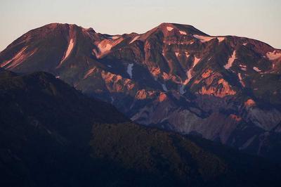 朝焼けの白山