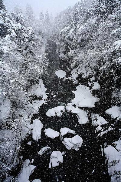 不老橋から見た手取渓谷