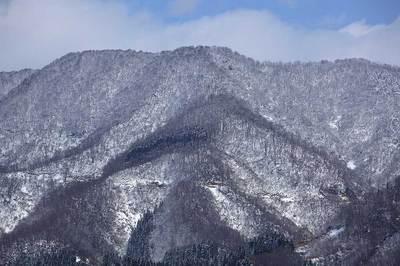 拙宅付近から見た山の様子