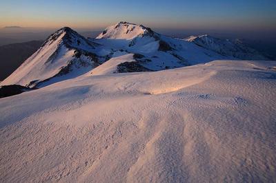 大汝峰から朝の白山