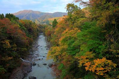 河原山付近の手取川