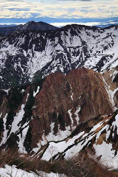 奥三方岳と火の御子峰